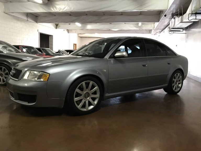 2003 Audi RS6.. 1 year only.. V8 TWIN TURBO 450HP..  CLEAN!!